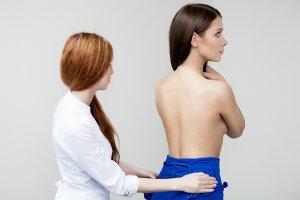 Симптомы и лечение каплевидного псориаза