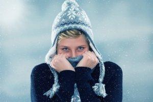 Первые симптомы и помощь при обморожении. Что нужно знать, чтобы не замерзнуть