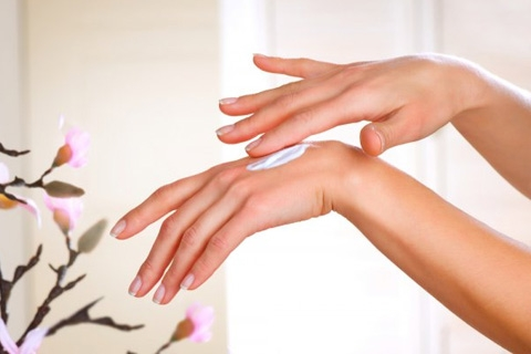 Причины дерматита на руках