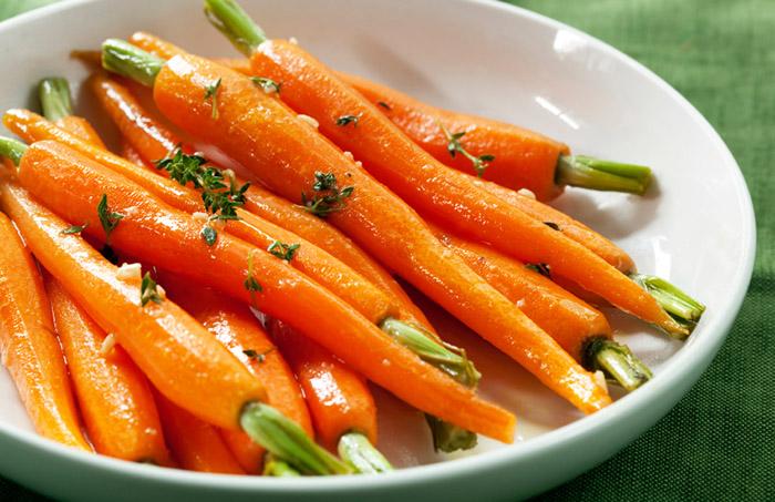 Морковь при крапивнице